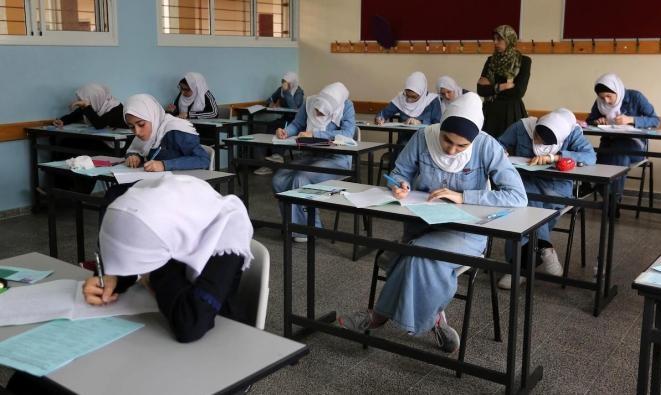 """""""التربية"""" الفلسطينية تنفي الشائعات: لم نُحدد موعدا لإعلان نتائج الثانوية"""