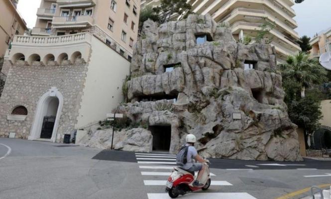 """نحت فيلا """"صديقة للبيئة"""" داخل صخرة في موناكو"""