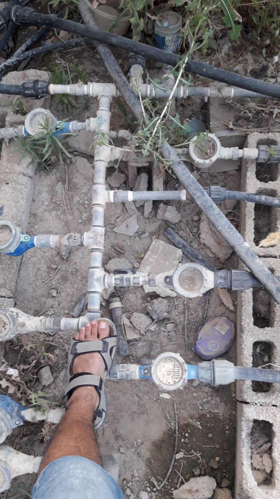 لليوم الرابع: قرية الزرنوق مسلوبة الاعتراف تعاني العطش