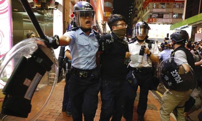 هونغ كونغ: اعتقال 6 نشطاء في مظاهرة حاشدة