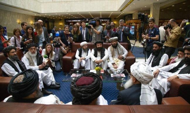 """الأطراف الأفغانية تتفق في الدوحة على """"خارطة طريق للسلام"""""""