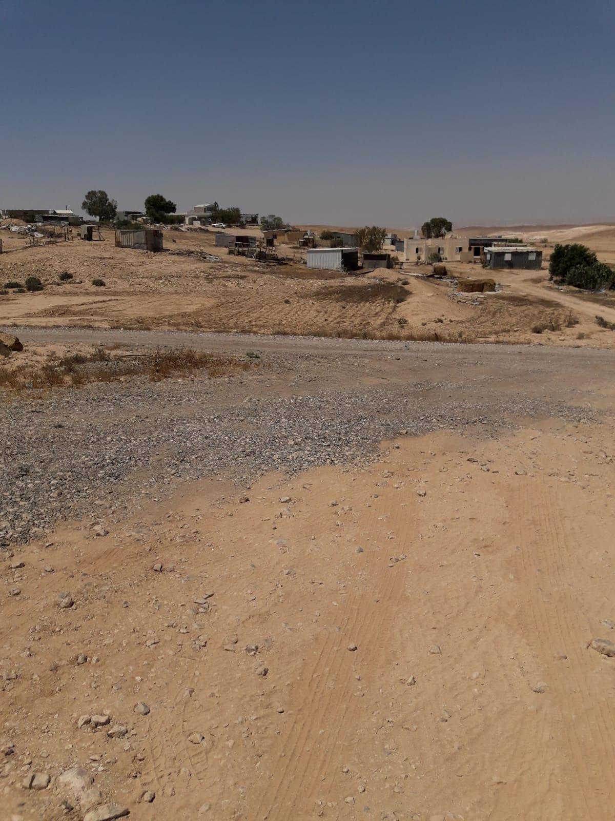 غضب في واحة الصحراء: فرض ضريبة المسقفات وسط انعدام الخدمات