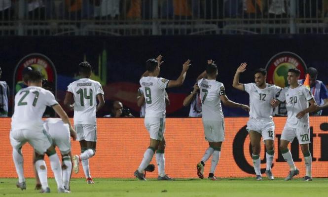 الجزائر تقيم جسرًا جويًا لدعم منتخبها بكأس أمم أفريقيا