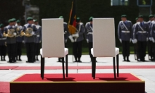 خوفًا من رجفة رابعة: السلام الوطني الألماني .. جلوسًا