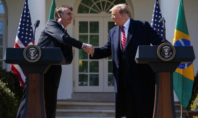 البرازيل: بولسونارو يعتزم تسمية نجله سفيرا بالولايات المتحدة