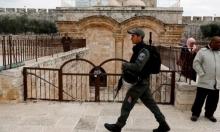 """الاحتلال يقتحم مصلى """"باب الرحمة"""" ويفرغه من محتوياته"""
