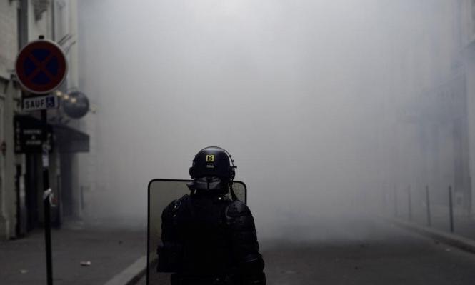 """باريس: مواجهات واسعة بين الشرطة و""""السترات الصفراء"""""""
