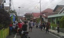 قتلى ومئات المنازل المدمرة جراء زلزال ضرب إندونيسيا