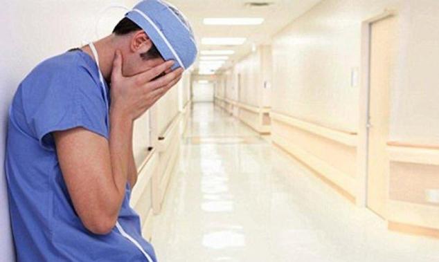 اتهام شاب من جديدة المكر بالعمل ممرضا بوثائق مزيفة