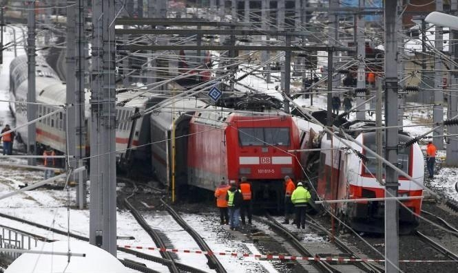 فرنسا: مصرع امرأة و3 أطفال في تصادم قطار بسيارة