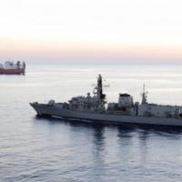 إيران تصادر ناقلة نفط وبريطانيا تحث طهران على خفض التوتر