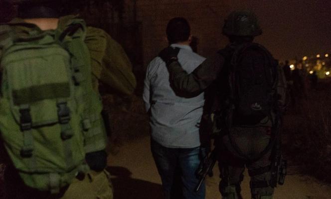 اعتقال 11 فلسطينيا بالضفة