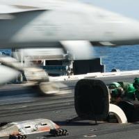 """الجيش الأميركي يطلق عملية """"الحارس"""" لحماية السفن في الخليج"""