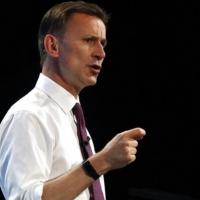 بريطانيا تعتزم فرض عقوبات اقتصادية على إيران