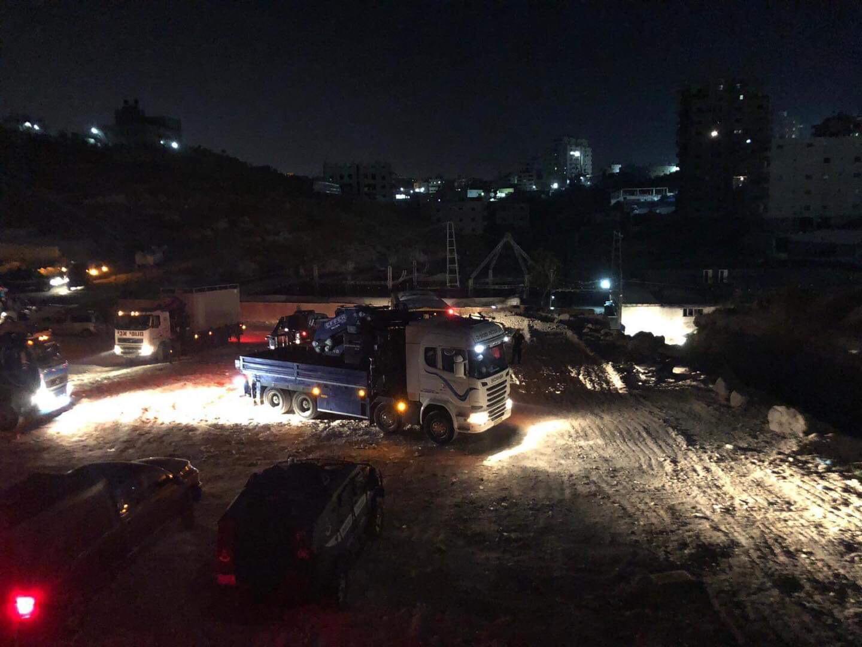 الاحتلال يهدم شققا سكنية في حي وادي حمص