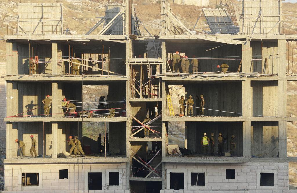 """تنديدٌ واسع بهدم المنازل بوادي حمص.. """"جريمة حرب وتطهير عرقيّ"""""""