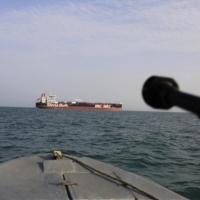 تقديرات إسرائيلية: إيران تنقل أسلحة لسورية ولبنان بحرا
