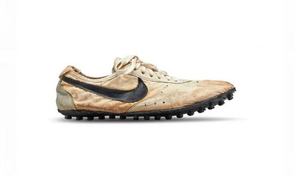 """الحذاء الأغلى في العالم من تصميم """"نايكي"""""""