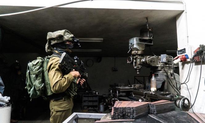 اعتقال 16 فلسطينيا بالضفة ومصادرة مخرطتين بنابلس
