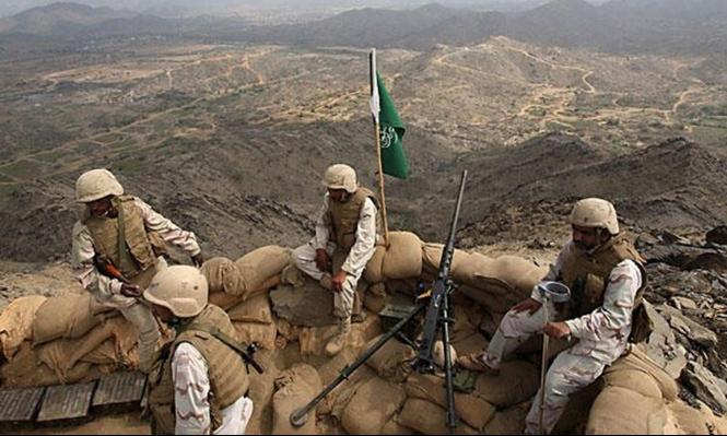 الحوثيون يقصفون قاعدة جوية وأنباء عن مقتل 8 جنود سعوديين