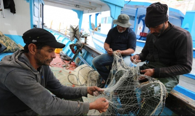 المتوسط مقبرة للمهاجرين وإنتاج أقل للصيادين