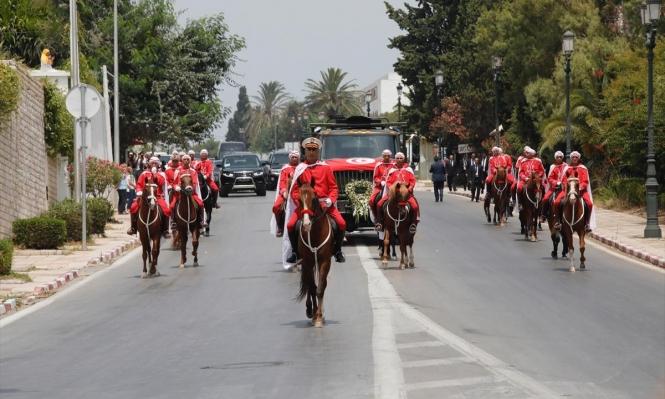 التونسيون يودعون السبسي