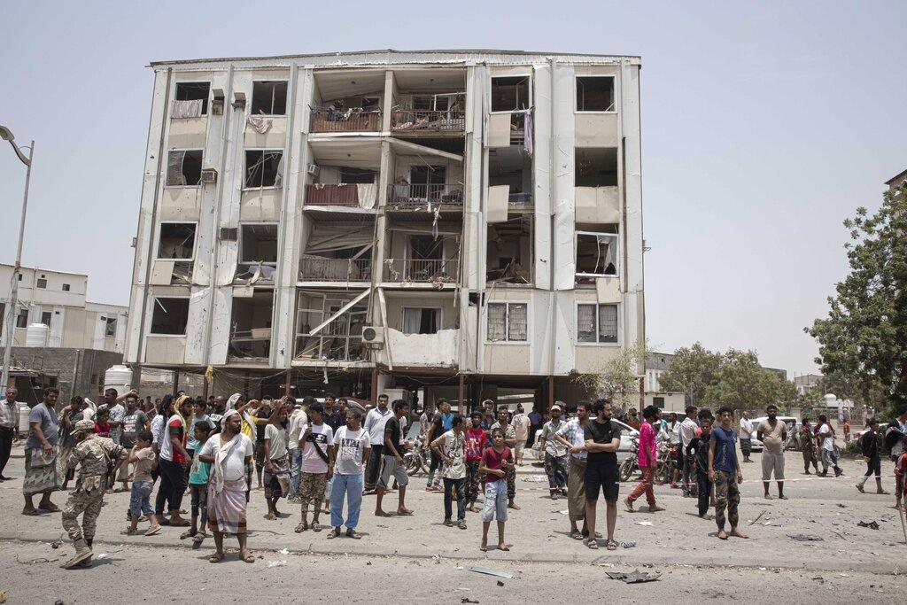 اليمن: ارتفاع عدد قتلى هجومي عدن إلى 49