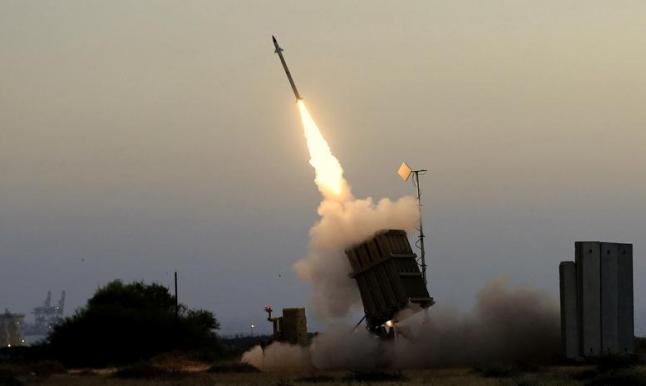 الحوثيون يقصفون موقعا عسكريا بالدمام بصاروخ باليستي