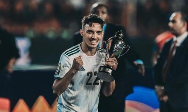 ميلان يتعاقد مع لاعب جزائري