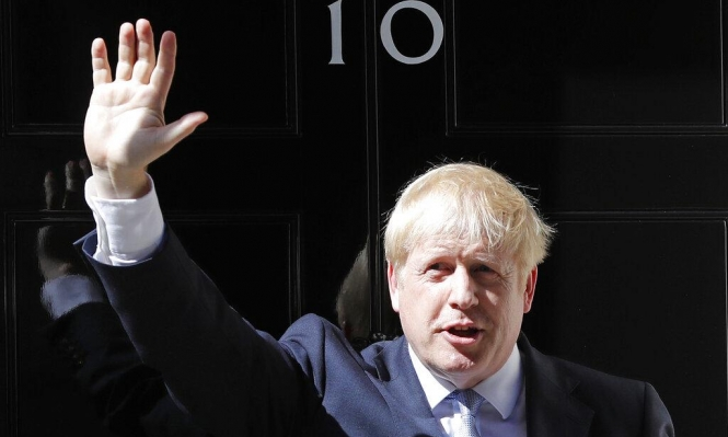 حكومة جونسون تحث الاتحاد الأوروبي على إعادة التفاوض بشأن بريكست