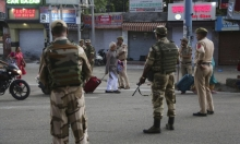 الهند تُلغي الحكم الذاتي بكشمير وتشن حملة أمنية ضد سكانها