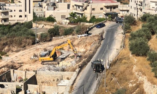 الاحتلال يهدم منزلا بالقدس ومنشآت زراعية ببيت لحم