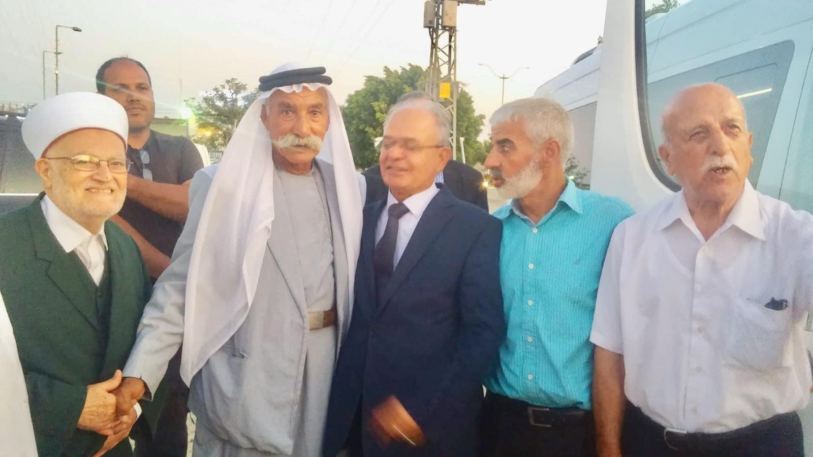 وفد من القدس يزور خيمة الاعتصام برهط متضامنا مع أهالي العراقيب