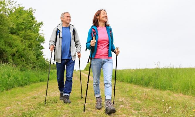 """""""المشي النورديّ"""" يحسن حياة المرضى بسرطان الثدي"""