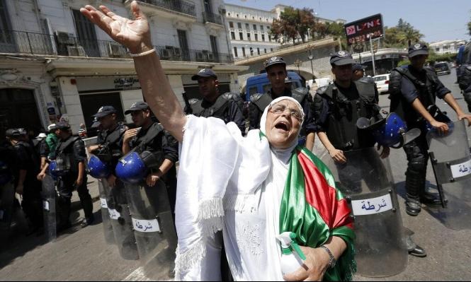 متظاهرو الجزائر يلوّحون بالعصيان المدنيّ