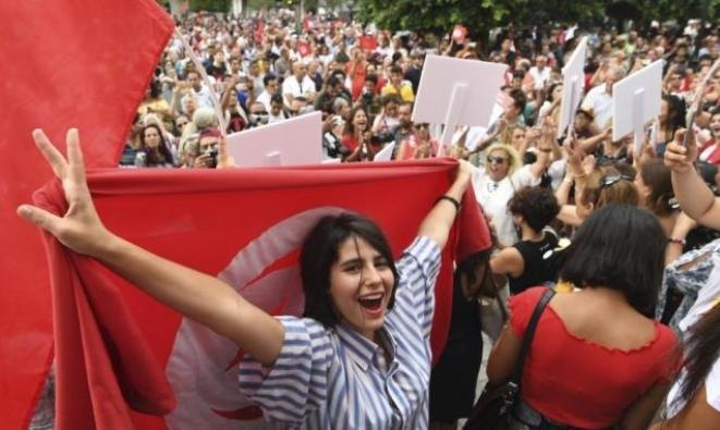 60 مُرشّحًا خارج السباق الرئاسي بتونس... قبل أن يبدأ