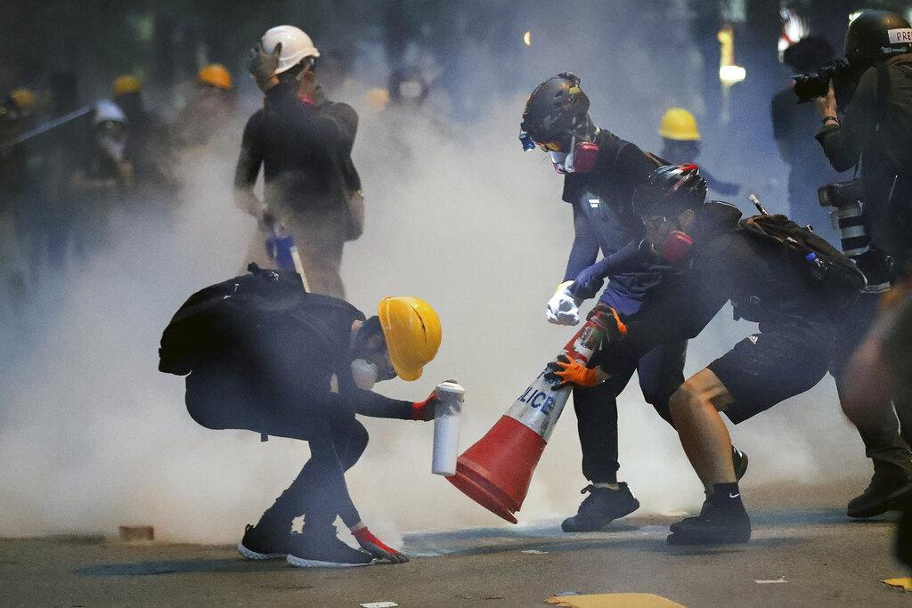 للأسبوع العاشر على التوالي: أنصار الديمقراطية بشوارع هونغ كونغ