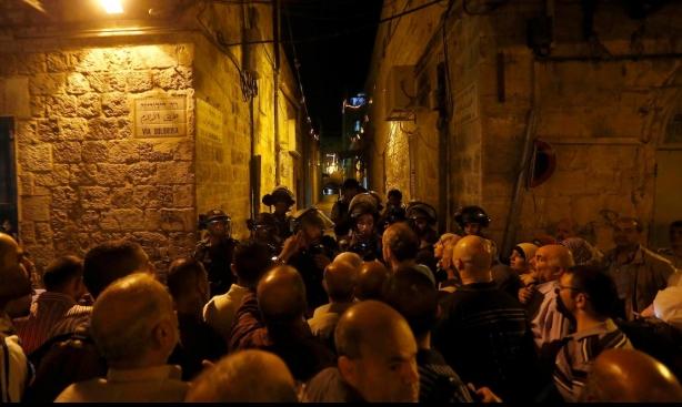 القدس: الاحتلال يعتدي على المتظاهرين.. والأهالي: لصلاة عيد جامعة