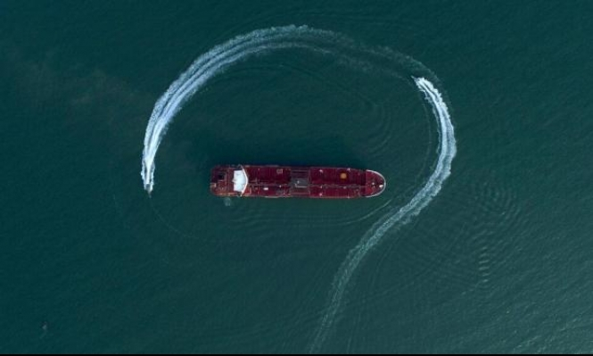 إيران تتحدّث عن انفراجة في أزمة ناقلات النفط؛ وجبل طارق تنفي