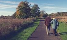 اليابان:ذيل آلي لمساعدة المسنين على حفظ التوازن