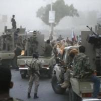 انفصاليو الإمارات ينسحبون من مواقع في عدن