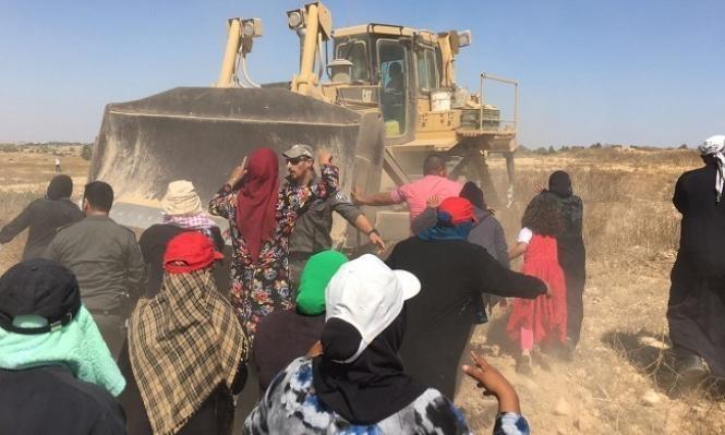النقب: الشرطة تعتدي على أهالي قرية الترابين