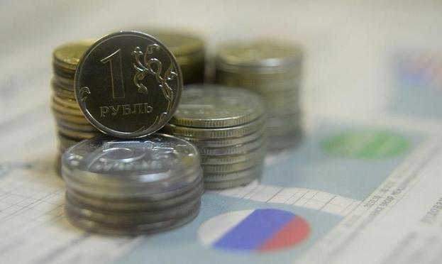 الاستفادة من العقوبات الأميركية.. روسيا تحقق مليار دولار إيرادات نفطية إضافية