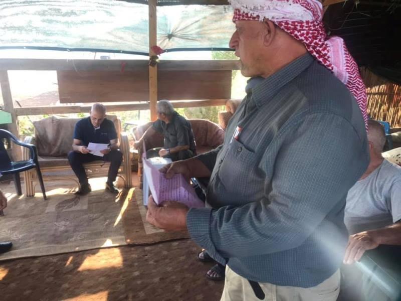إخطارات بهدم عشرات المنشآت الزراعية في سهل البطوف
