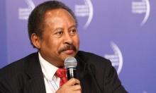 رئيس الحكومة الانتقالية في السودان يدعو لإرساء نظام ديمقراطي تعددي