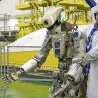 روسيا تطلق أوَّل روبوت شبيه بالإنسان للفضاء