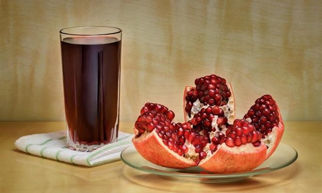 شرب عصير الرمان يحافظ على دماغ الجنين
