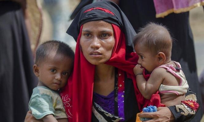 """""""فيسبوك"""" تغلق حسابات تبث الكراهية في ميانمار"""