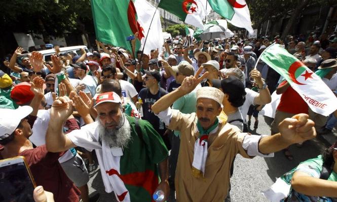 الجزائر: مصرع 5 فتيان في تدافع لحضور حفل لسولكينغ