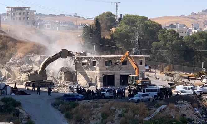 الاحتلال يهدم منزلا ومطعما قرب بيت جالا